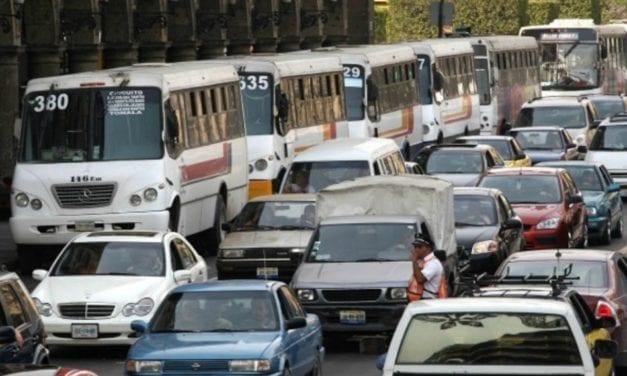 Inicia Jalisco regularización de 2,470 unidades de transporte público
