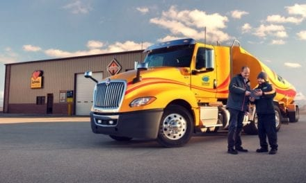 Navistar y Love´s expanden red de servicios International