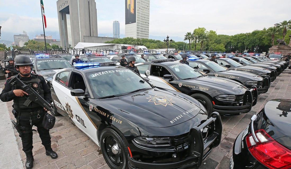 Dan banderazo a 126 patrullas en NL