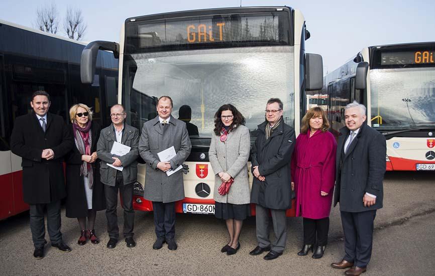 48 autobuses Mercedes-Benz para Polonia