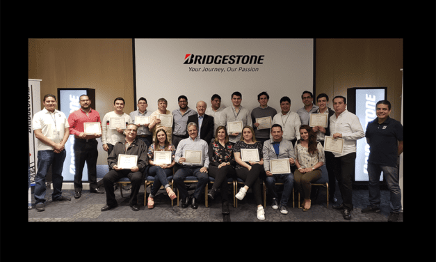 Capacita Bridgestone a distribuidores