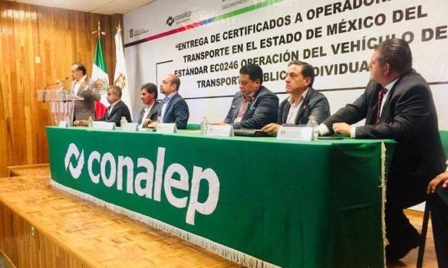 Certifica Conalep a operadores de Edomex