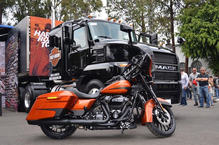 Mack Anthem impone en la última parada del Harley Road Tour