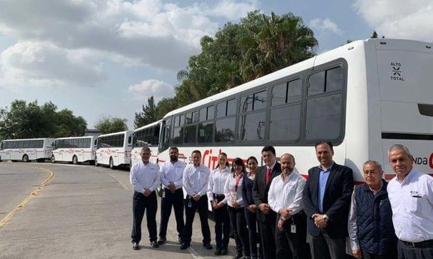 Senda Citi transportará personal de Eaton en buses DINA