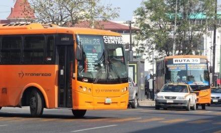 Gobierno de NL llega a acuerdo con transportistas