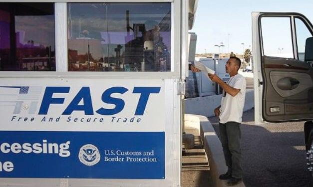 Demoras en frontera norte entorpecen comercio internacional: CANACAR