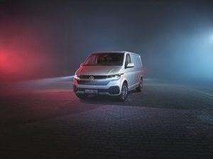 VW Transporter 6.1-Magazzine del Transporte