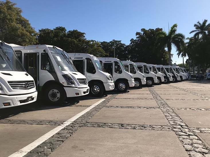 Operan 50 nuevos autobuses de Mercedes-Benz en Sinaloa