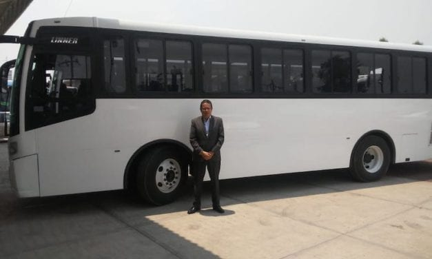 Adquiere Cometa de Oro autobuses DINA Linner