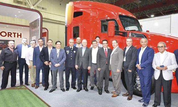 Kenworth de Monterrey presente en Expo Proveedores del Transporte
