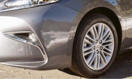 Lanza Bridgestone un neumático de larga duración