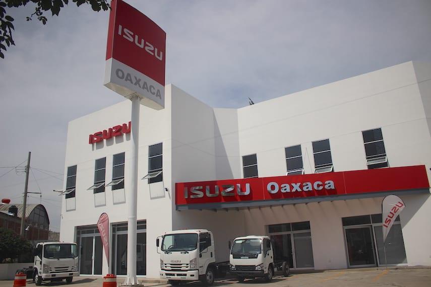 Estrena Isuzu Oaxaca nuevas instalaciones
