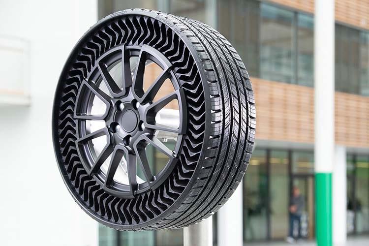 Presentan Michelin y GM prototipo de llantas sin aire