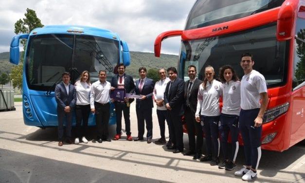 Chivas viaja en buses Premium de MAN