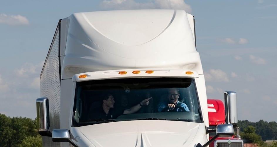 Cummins es parte de las visitas Summer of Solutions-Magazzine del Transporte