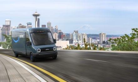 Adquirirá Amazon 100 mil vehículos eléctricos Rivian
