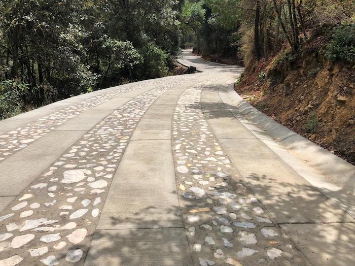 Avanza Programa de Pavimentación de Caminos en Oaxaca