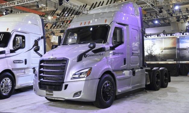 Freightliner se presenta en Expo Transporte ANPACT