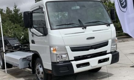Presentan Quimmco y Freightliner prototipo de camión eléctrico
