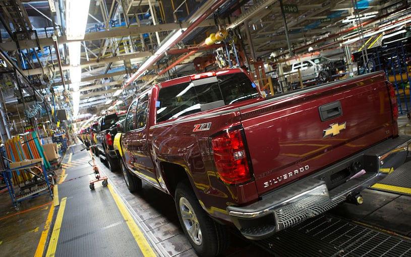Cae producción 16.3% de vehículos en octubre