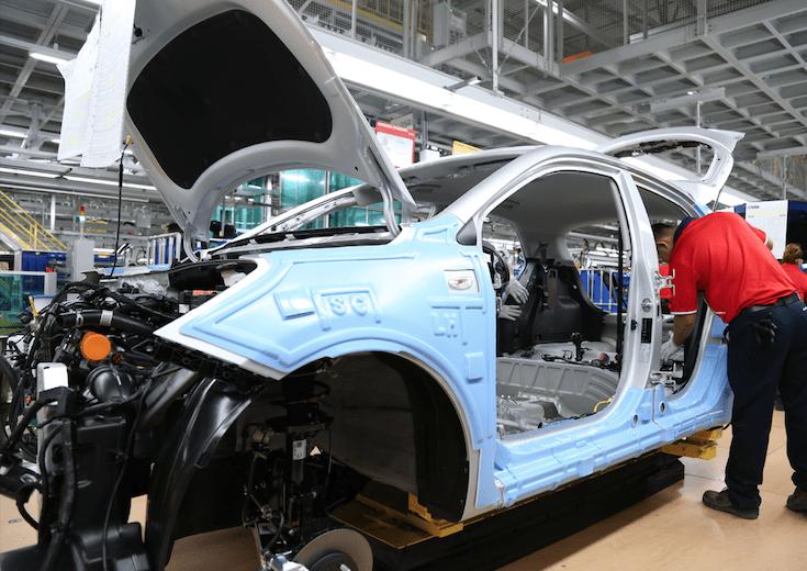 Plantean programa emergente para fabricantes de autopartes