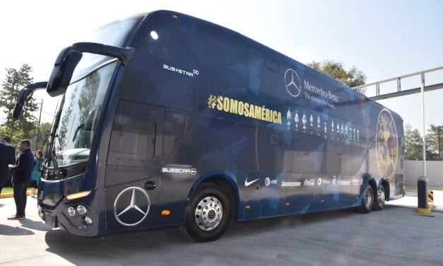 2 nuevos Mercedes-Benz transportan al Club América