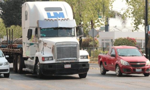 Eliminan cobro al autotransporte por circular en AMG