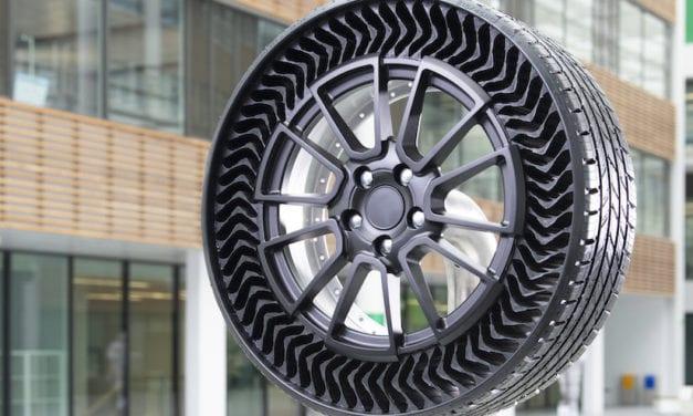 Gana Uptis de Michelin triple premio