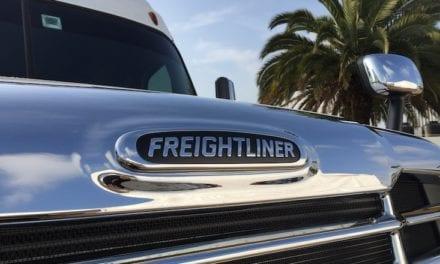 Tiene Freightliner nuevo aliado en comunicación y RP