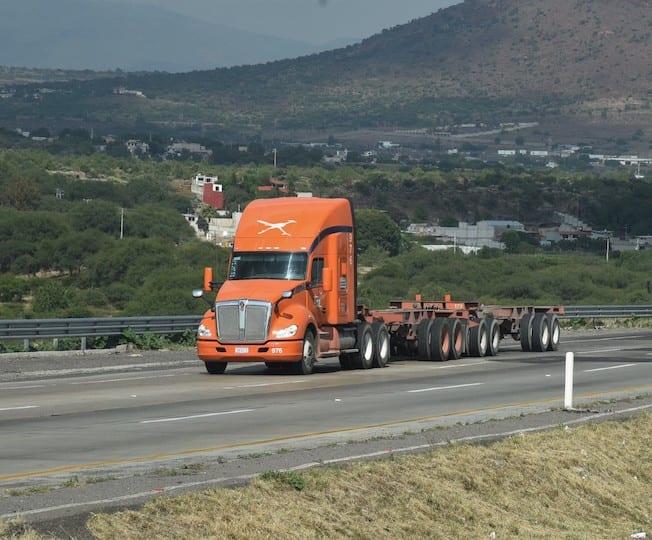 Alistan Ley General de Autotransporte