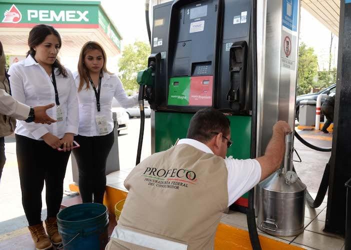 363 gasolineras multadas por irregularidades