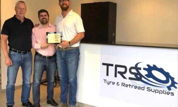 Conmemora Vipal 15 años de alianza con TRS