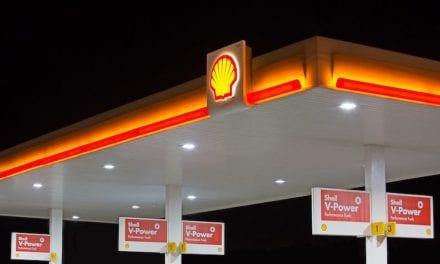 Dona Shell combustible para ambulancias de Cruz Roja