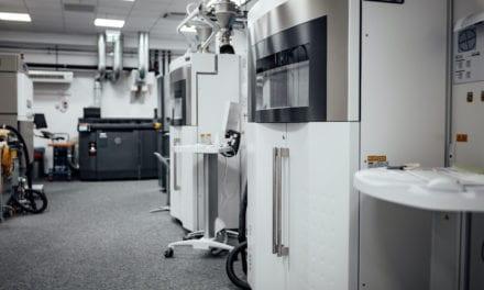 Mercedes-Benz produce componentes para equipos médicos