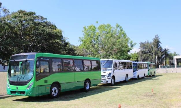 Muestra Mercedes-Benz opciones de autobuses para Jalisco