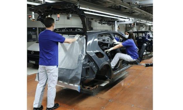 Compartirá VW medidas de protección con proveedores