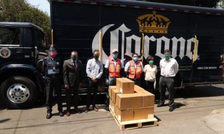 Grupo Modelo y Cerveza Victoria entregan cubrebocas y caretas a CDMX