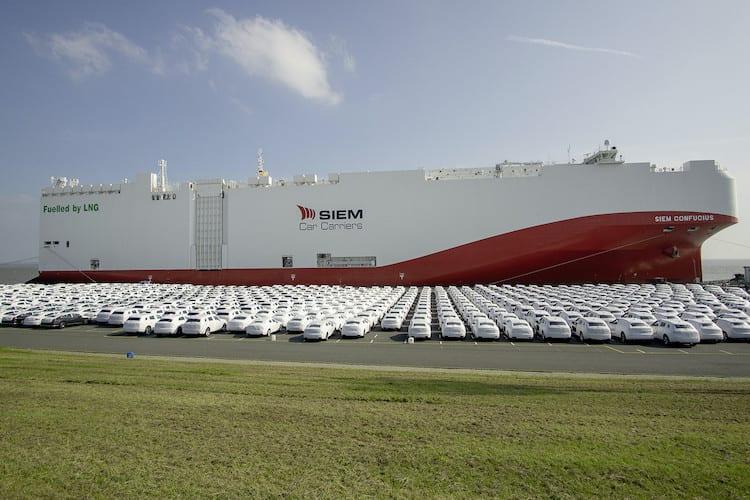 Hacia México vehículos VW en carguero a GNL