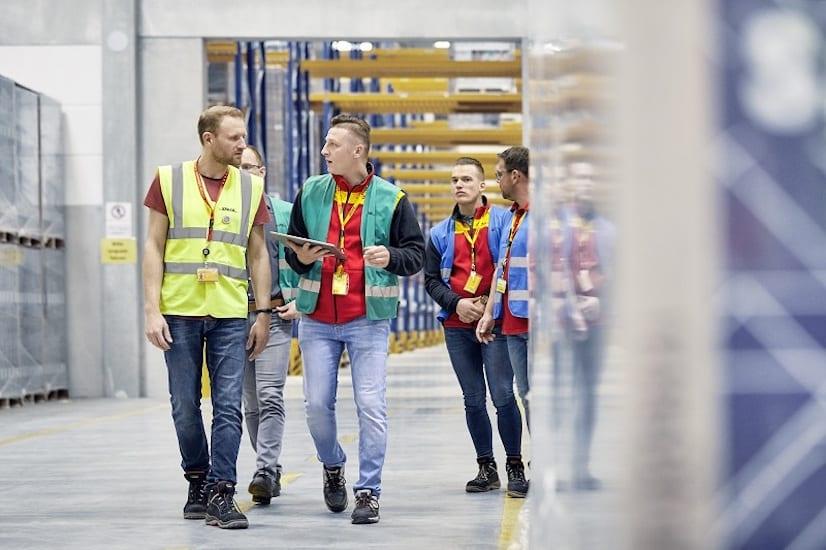 Aumenta DHL Supply Chain uso de la robótica