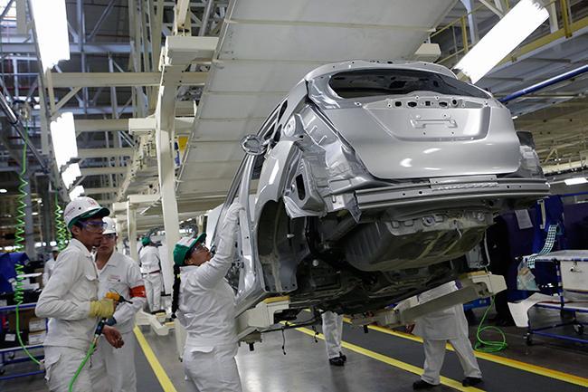 Estima INA caída de 32% anual en producción de autopartes
