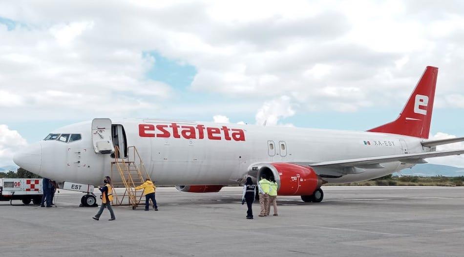 Integra Estafeta un Boeing 737-400 a su flota aérea