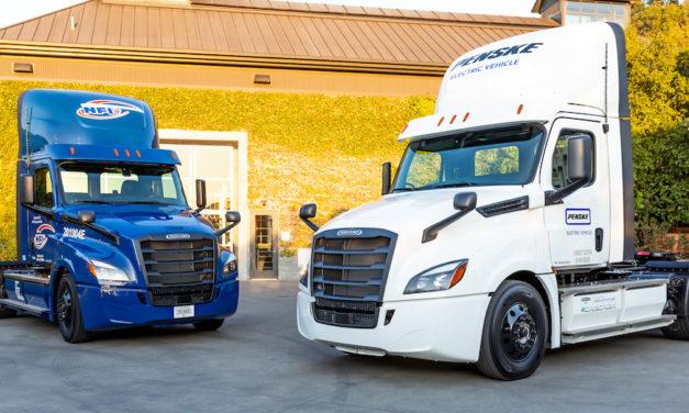 Suman más de 482 mil km los vehículos eléctricos a prueba de Freightliner