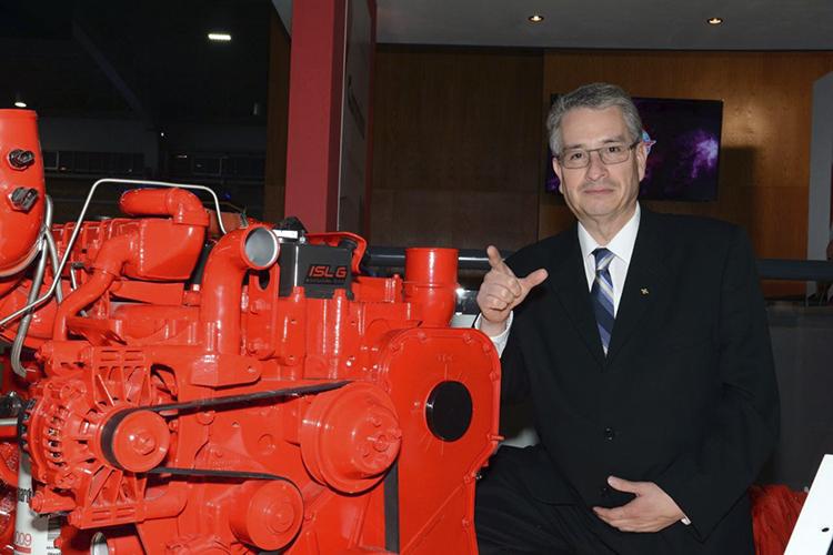 A GNV o diesel, un motor Cummins para autobús