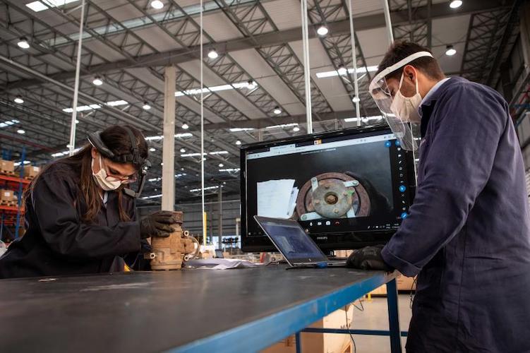 Inaugura VWCO área de Análisis Técnico 4.0