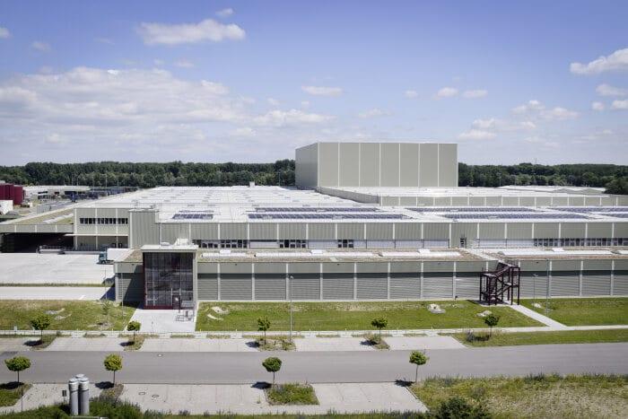 Abren nuevo centro de logística global de piezas