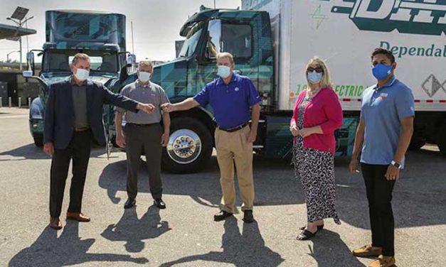 Inician pruebas 2 camiones eléctricos Volvo VNR
