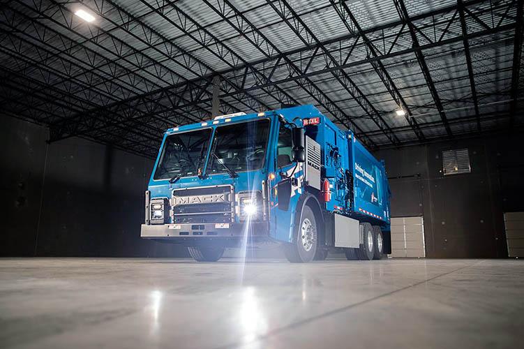 Mack LR Electric a prueba en recolección de basura