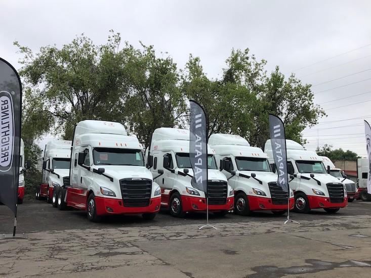Transportes ELOLA fortalece su operación con Freightliner