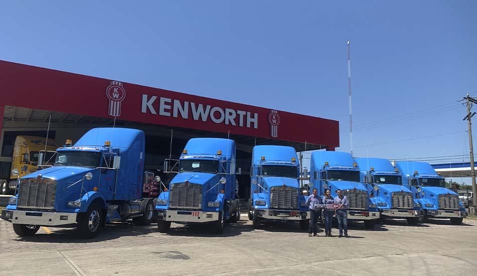 Transportes Wong de La Torre recibe 15 unidades Kenworth T800