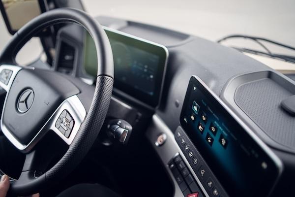 Actros de Mercedes-Benz es camión del año en Polonia